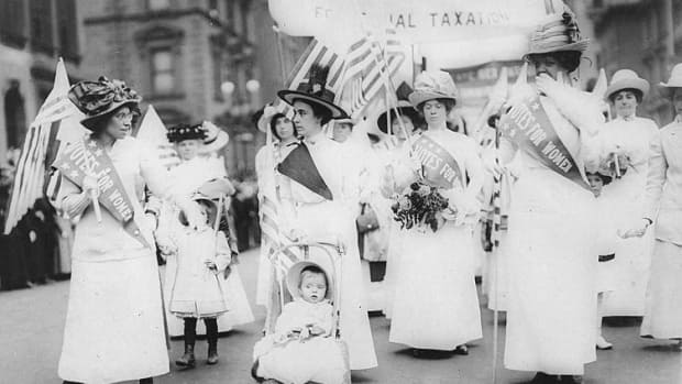 Feminist Suffragist Parade 1912 Photo