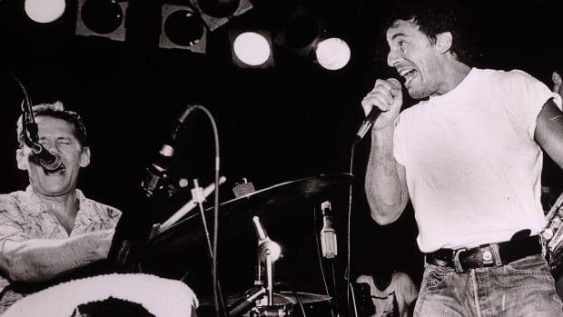 Bruce Springsteen perform at The Stone Pony on August 22, 1987 in Asbury Park, New Jersey