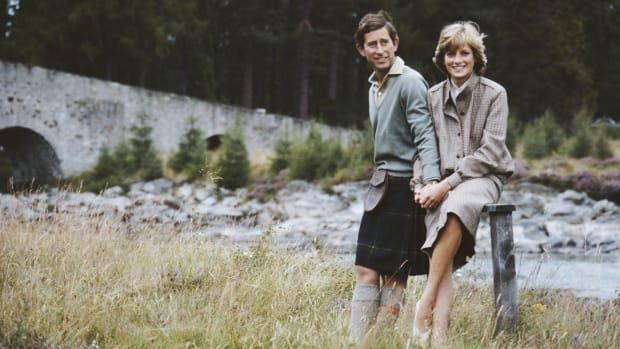 Prince Charles and Princess Diana during their honeymoon in Balmoral, Scotland on August 19, 1981. (Photo by Serge Lemoine/Getty Images)