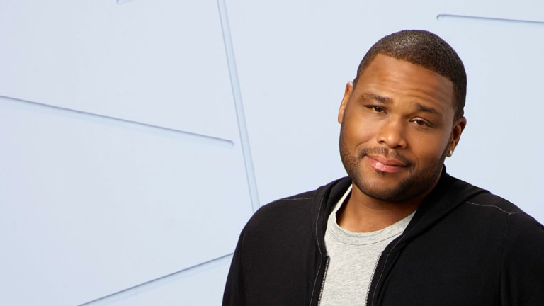 Anthony Anderson on Throwing Bro Mitzvahs, Being 'Black-ish' & Pushing the Envelope