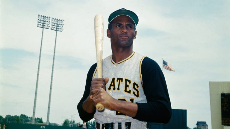 How Roberto Clemente Lived Life to the Fullest Before Tragically Dying in a Plane Crash