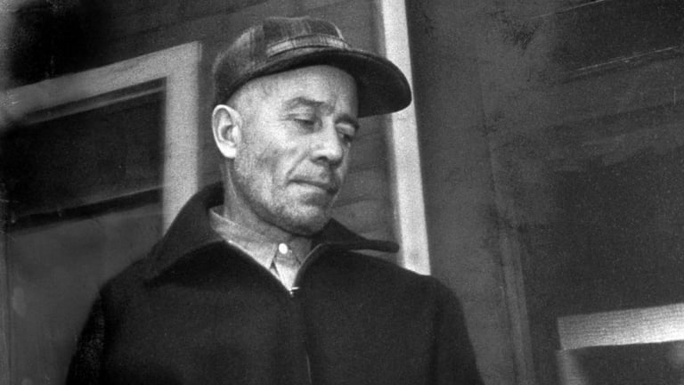 Ed Gein: 7 Horror Movies Inspired the Body Snatcher and Murderer