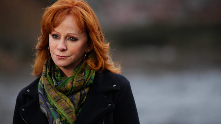 The Devastating Plane Crash that Killed Reba McEntire's Band