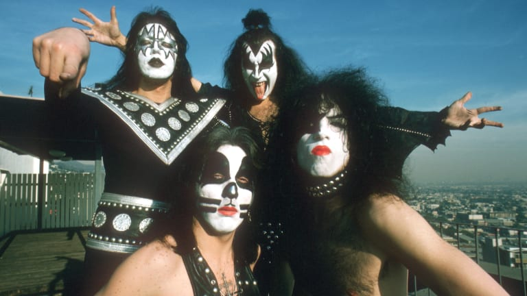 """When KISS Wiped Away Their Iconic Face Paint in 1983, Fans """"Hated"""" the New Look"""