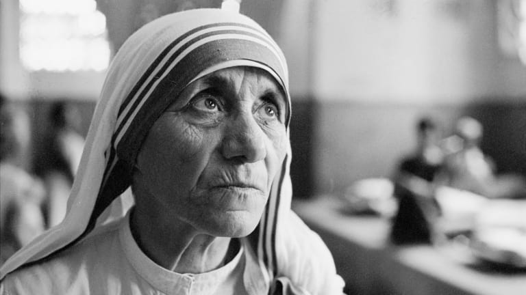 The Miracles That Made Mother Teresa A Saint Biography