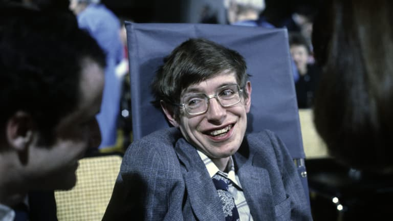 Stephen Hawking: 10 of the Physicist's Funniest Zingers