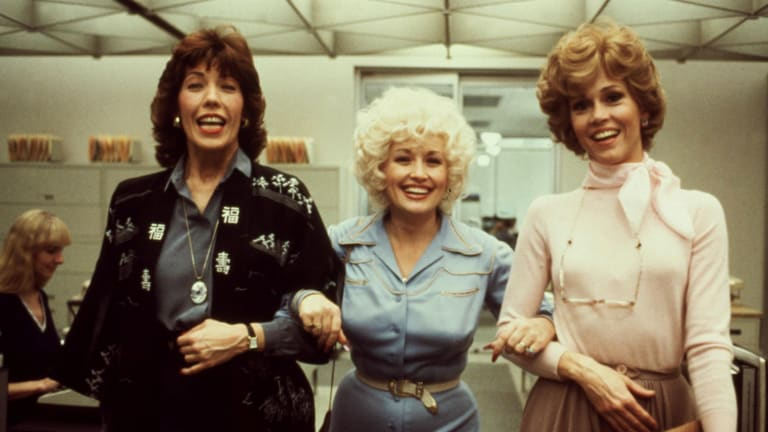 "Dolly Parton Was Inspired to Write ""9 to 5"" After Strumming Her Acrylic Nails"