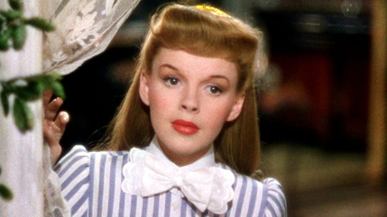 """How Judy Garland's Influence Changed the Lyrics to """"Have Yourself a Merry Little Christmas"""""""