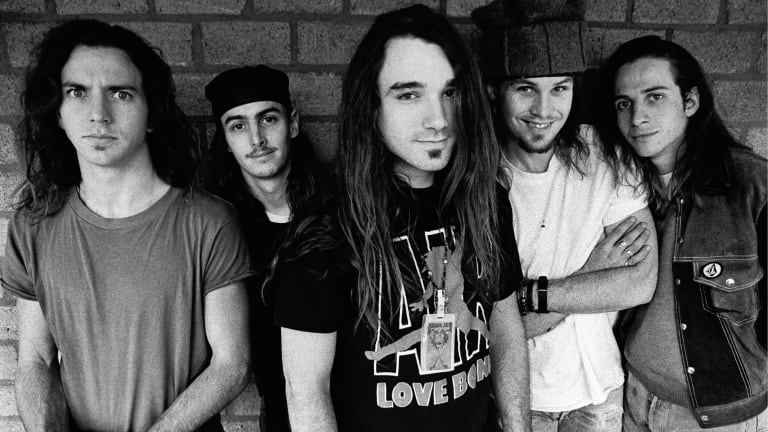 How Pearl Jam Helped Define the Grunge Music Movement