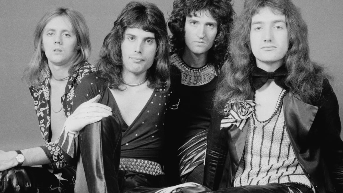 Freddie Mercury Was Part Of Brian May And Roger Taylor S Entourage Before Forming Queen Biography