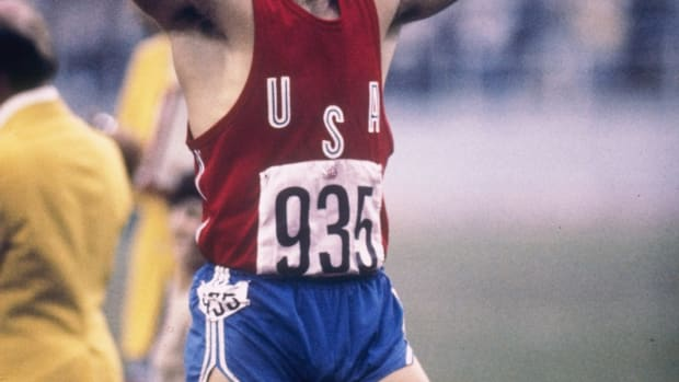 Hottest Olympic Athletes: At the 1976 Summer Olympics in Montreal Bruce Jenner made history, winning the gold medal in the decathalon and setting the world record of 8,634 points. After the win, he made his famous victory lap holding an American flag - a gesture that would become an Olympic tradition. His handsome looks kept him in the public eye, throughout his career appearing in endorsements, speaking engagements and on television.