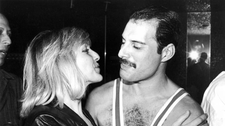 Was freddie mercury dating mary austin