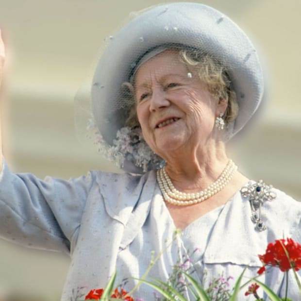 Biography: Elizabeth, the Queen Mother