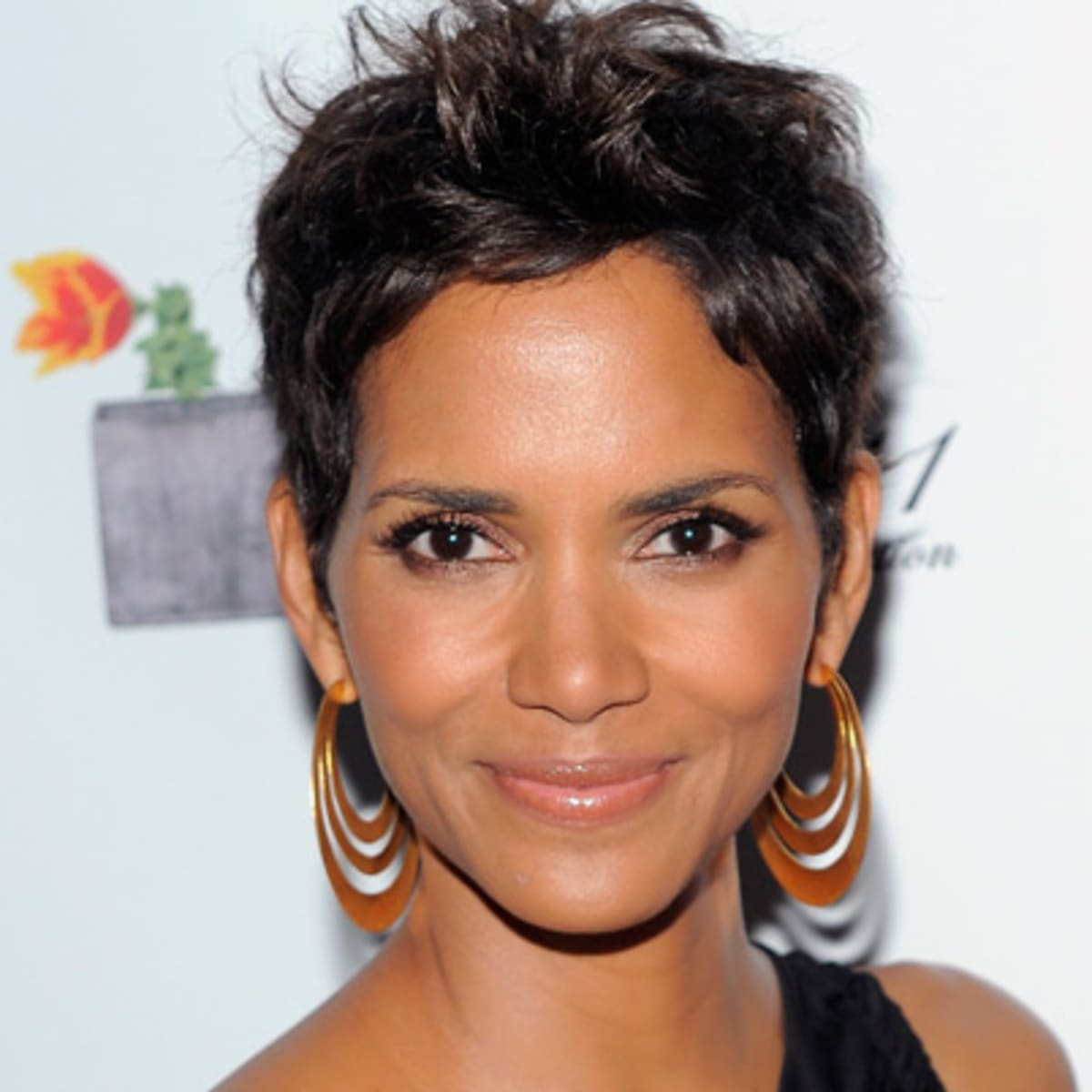 Halle Berry Children Movies Age Biography