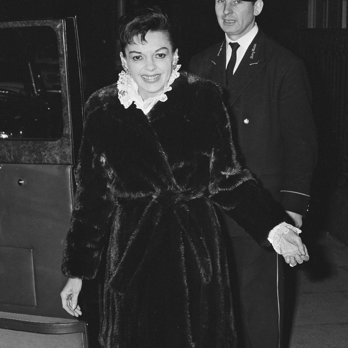 Judy Garland S Life Was In A Downward Spiral Before Her 1969 Death Biography