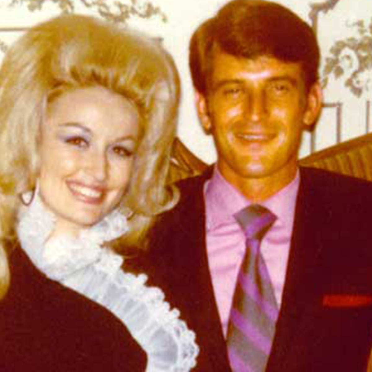 Inside Dolly Parton's Private Marriage to Carl Dean - Biography