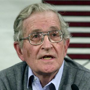 a biography of avram noam chomsky Biography avram noam chomsky (/ˈnoʊm ˈtʃɒmski/ born december 7, 1928) is an american linguist, philosopher, cognitive scientist, logician, political commentator, social justice activist, and anarcho-syndicalist advocate.