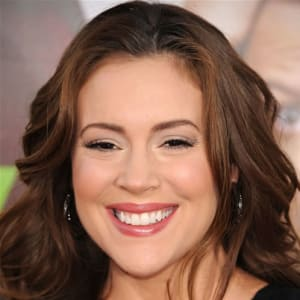 a59545cdabb1 Alyssa Milano - - Biography