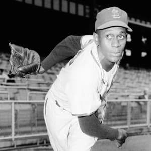 a4cff80065ad Satchel Paige - Famous Baseball Players - Biography