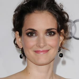Winona Ryder Biography - Biography