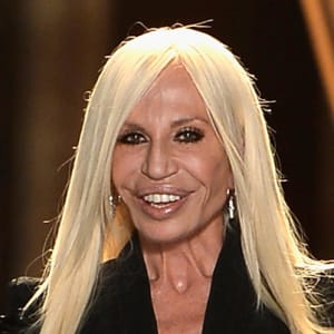663cf7fca64c Donatella Versace - Young Photo