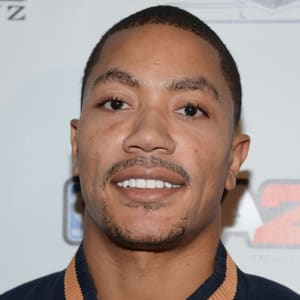 53e10ae72f63 Derrick Rose - - Biography