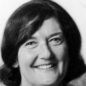 Dian Fossey - Zoologist, Scientist - Biography
