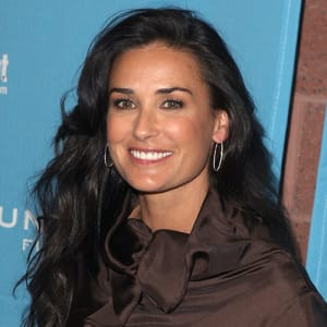 Demi Moore - Movies, Facts & Family - Biography
