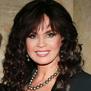 How many children did marie osmond adopt