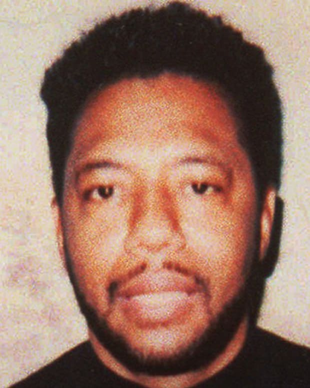 Larry Hoover, reputed leader of the Gangster Disciples street gang, is serving a 150- to 200-year murder sentence. A 1993 parole bid by Hoover was supported by several community leaders and politicians, including former Chcago Mayor Eugene Sawyer, who argued the convict was a peacemaker who could be a Pied Piper of reform to young people in violence-wracked neighborhoods. His bid for parole was turned down. (AP Photo/Chicago Sun-Times)