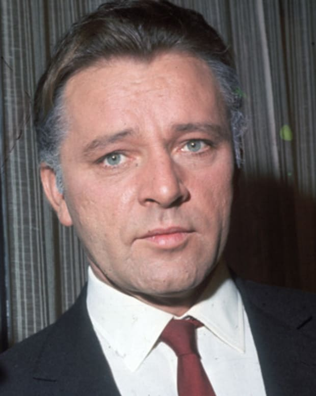 Richard-Burton-9232503-1-402