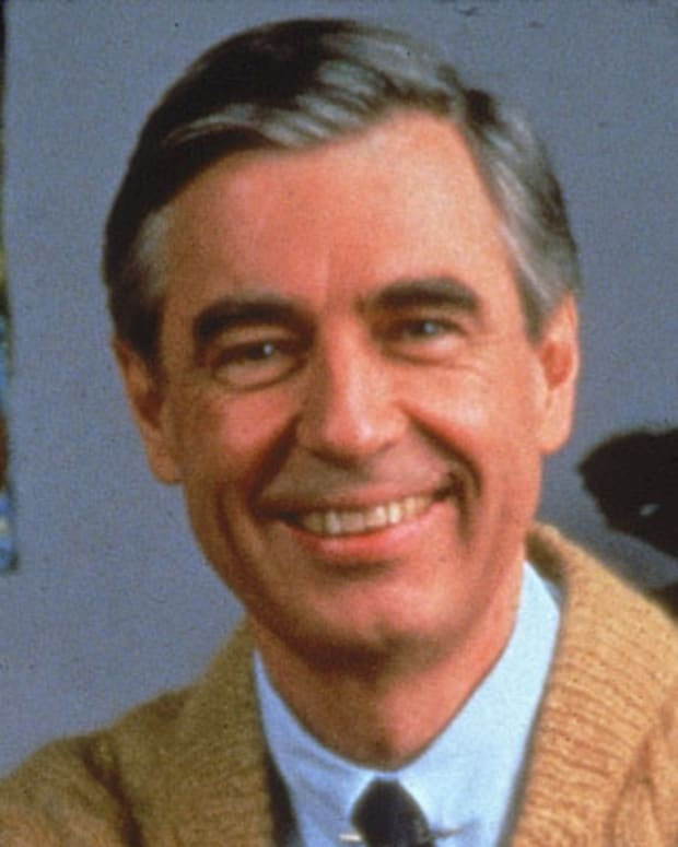 Fred-Rogers-9462161-1-402