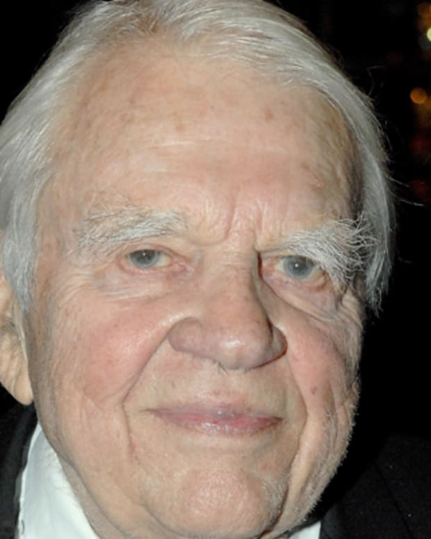 Andy-Rooney-9542557-1-402