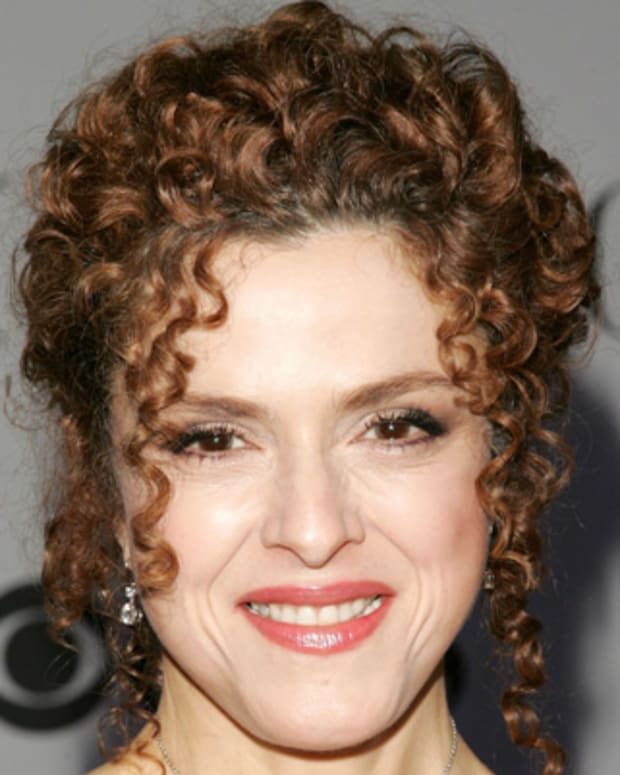 Bernadette-Peters-9542579-1-402