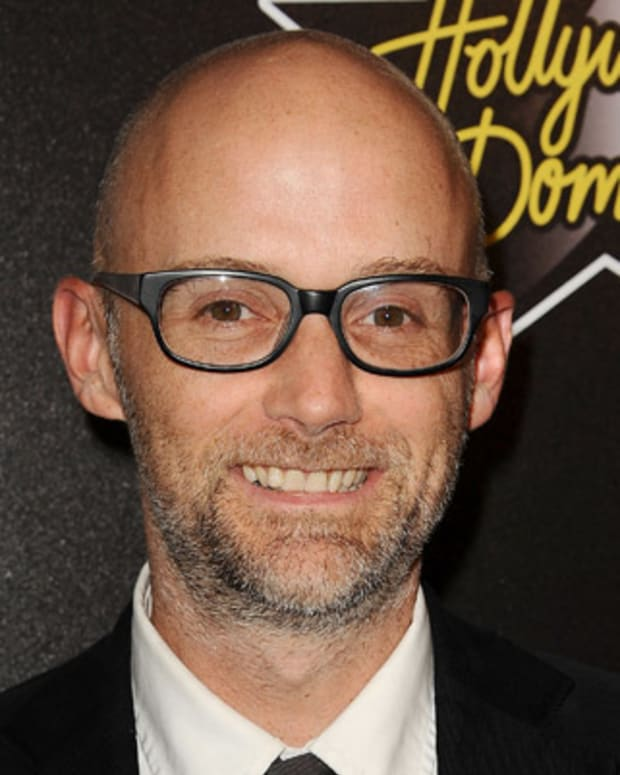 Moby-17112268-1-402
