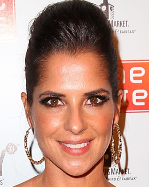 LOS ANGELES, CA - SEPTEMBER 24:  Kelly Monaco attends the Dancing With The Stars premiere after party hosted by Joey Fatone and Kym Johnson at Mixology 101 & Planet Dailies on September 24, 2012 in Los Angeles, California.  (Photo by Joe Scarnici/WireImage)