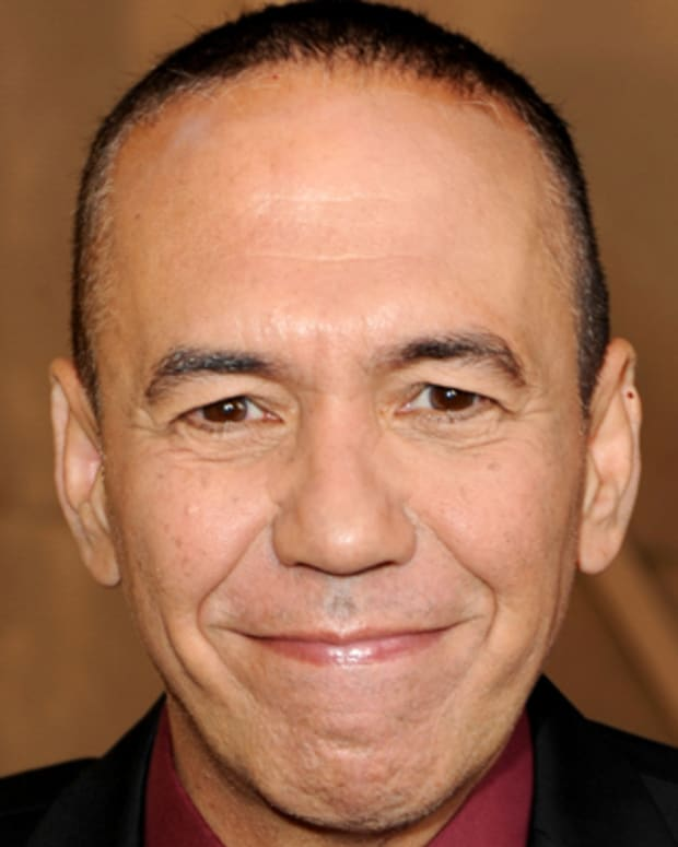 CULVER CITY, CA - AUGUST 01:  Comedian Gilbert Gottfried arrives at the Comedy Central Roast Of David Hasselhoff held at Sony Pictures Studios on August 1, 2010 in Culver City, California. The 'Comedy Central Roast of David Hasselhoff' will air on Sunday, August 15, 2010 at 10:00 p.m. ET/PT.  (Photo by Kevin Winter/Getty Images) *** Local Caption *** Gilbert Gottfried