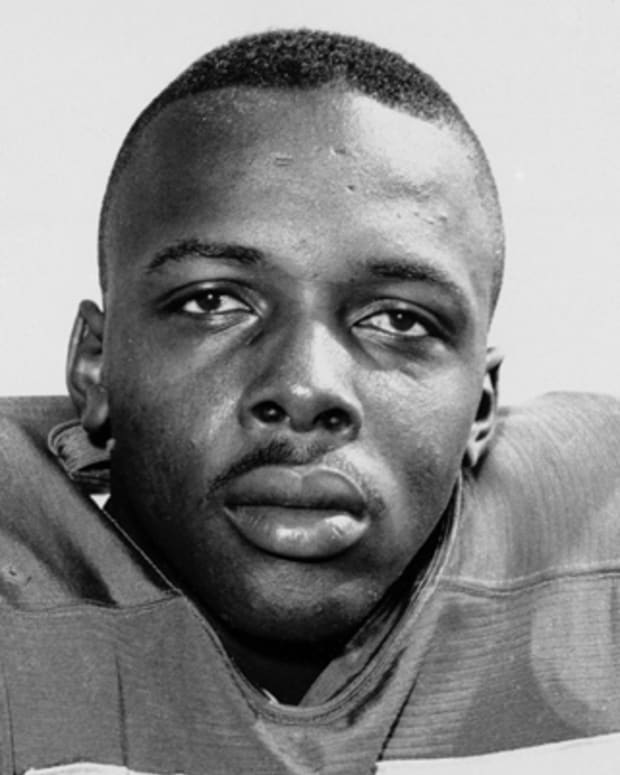 FILE - This 1963 file photo shows David Deacon Jones. Jones, a Hall of Fame American football defensive end credited with terming the word sack for how he knocked down quarterbacks, has died. He was 74. The Washington Redskins said that Jones died Monday night June 3, 2013 of natural causes at his home in Southern California. Redskins general manager Bruce Allen, whose father, George, coached Jones with the Los Angeles Rams, calls Jones 'one of the greatest players in NFL history. (AP Photo/File)