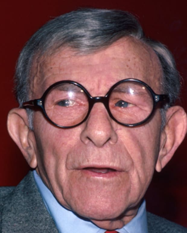 George-Burns-9232145-1-402