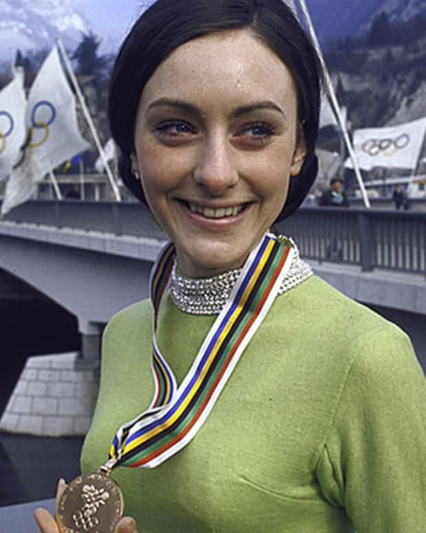 Peggy-Fleming-9296974-1-402
