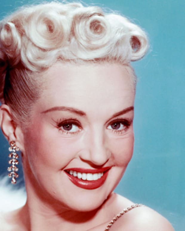 Betty-Grable-9317383-1-402