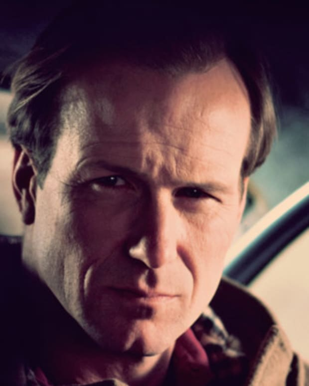 William-Hurt-9347756-1-402