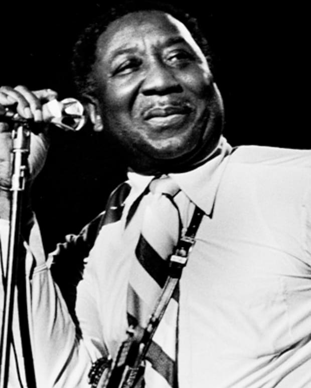 Muddy-Waters-9525002-1-402