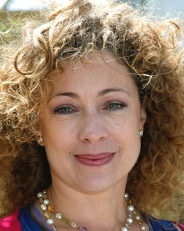 Alex Kingston attends The RHS Chelsea Flower Show 2011 on May 23, 2011 in London, United Kingdom.