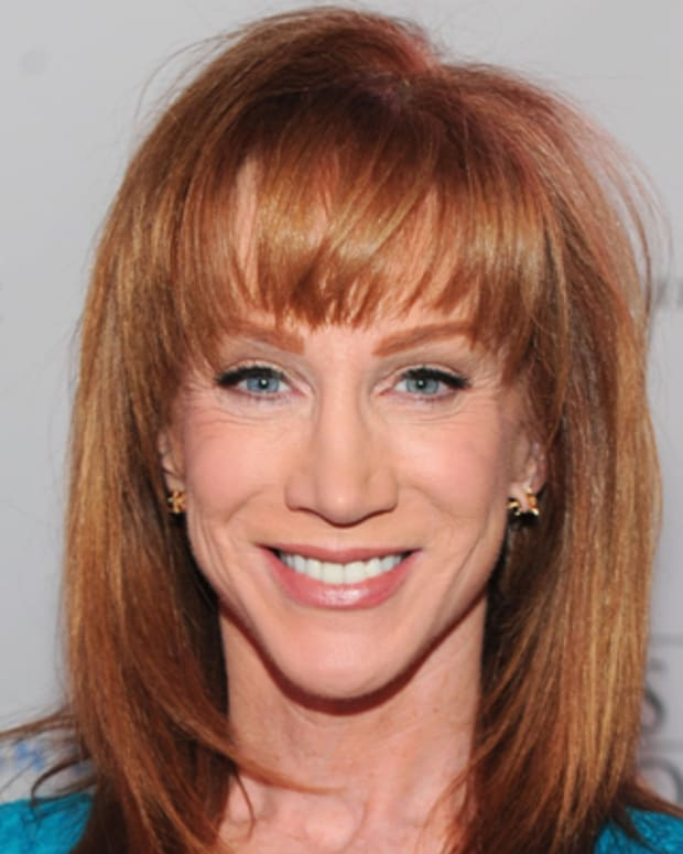 LOS ANGELES, CA - OCTOBER 13:  Comedian Kathy Griffin arrives at the premiere of Los Angeles Food & Wine at LA Live on October 13, 2011 in Los Angeles, California.  (Photo by Alberto E. Rodriguez/Getty Images for DCP)