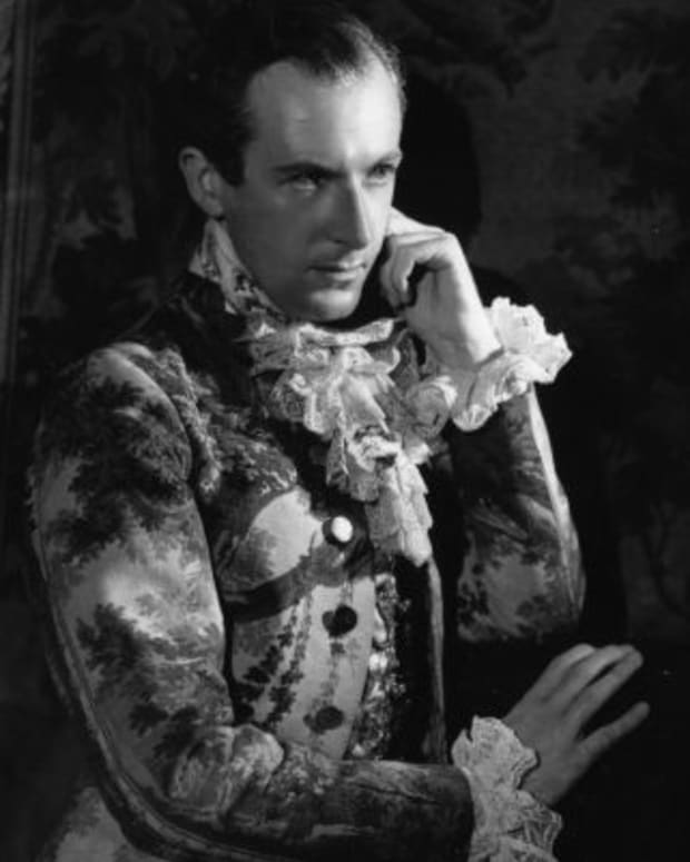 Sir-Cecil-Beaton-38501-1-402