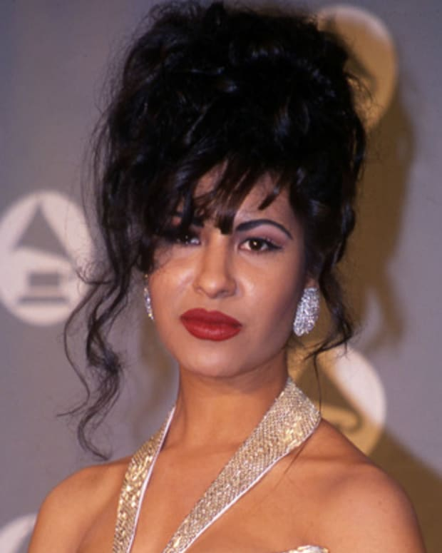 Selena at the 1994 Grammy