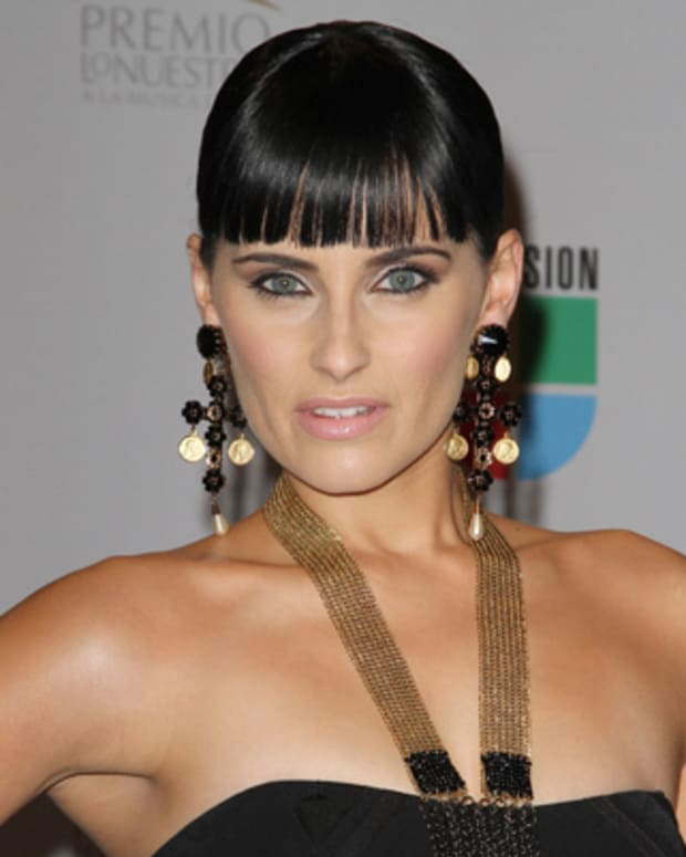 Nelly-Furtado-241194-1-402