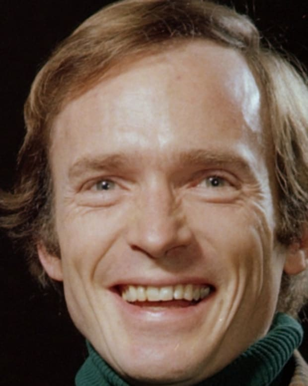 Dick-Cavett-9242278-2-402