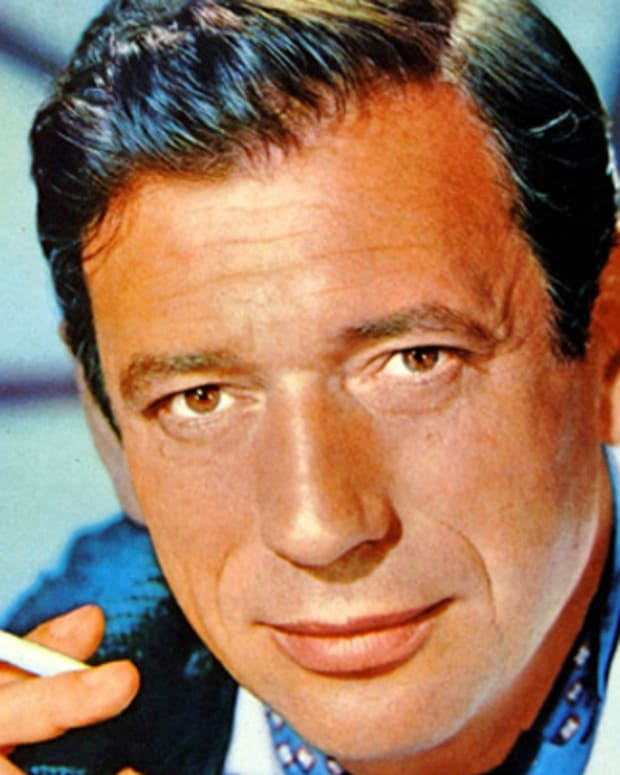 Yves-Montand-9412344-1-402